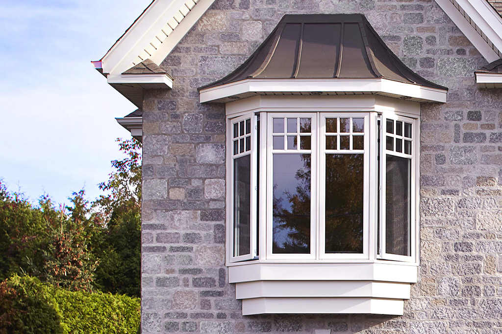 Fen tre saillie bay window fenetre baie granby for Fenetre baie window prix